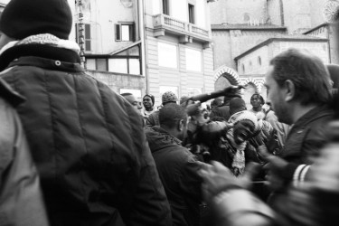 Anti-racism demonstration in Florence by Antonella Beccaria on Flickr (CC-NC SA-2.0)