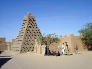 Sankore Mosque in Timbuktu. Image from Wikipedua, License Creative Commons Attribution-Share Alike 3.0