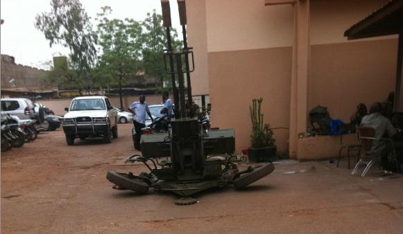Parabolschüssel in Mali via @Mbokoniko bei Twitter