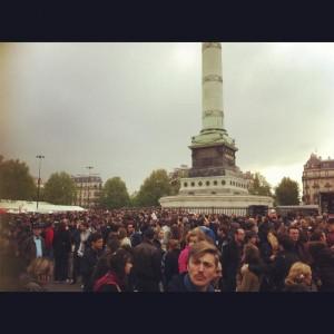 Bastille om 19.00 uur. Foto van @Laurent_Berbon op Twitter.