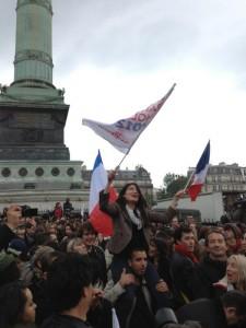 Vreugde bij de Bastille. Foto van @samschech.