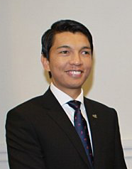 Andry Rajoelina annonce candidature