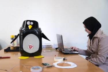 Une participante à l'atelier JerryCan à l'ESI d'Alger