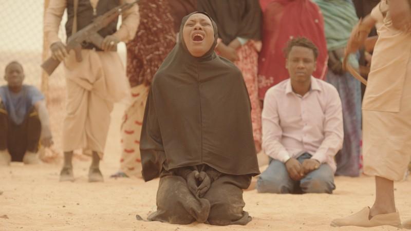 Scene du film Timbuktu - femme en pleurs - CC-BY-20