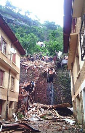 Bâtiment délabré à Antananarivo via Amirale Ernest