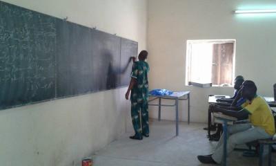Cours d'appui scolaire à l'IFM hegire de Tombouctou avec la permission de l'auteur