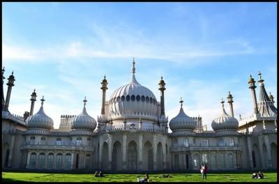 Le Royal Pavilion, photographie de l'utilisateur de Flickr Luke Andrew Scowen, CC BY-SA 2.0.
