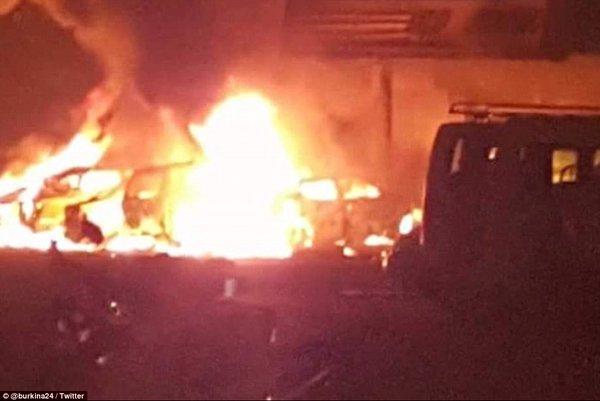 Les attaques de Ouagadougou via Barmou Salifou sur twitter (avec permission)