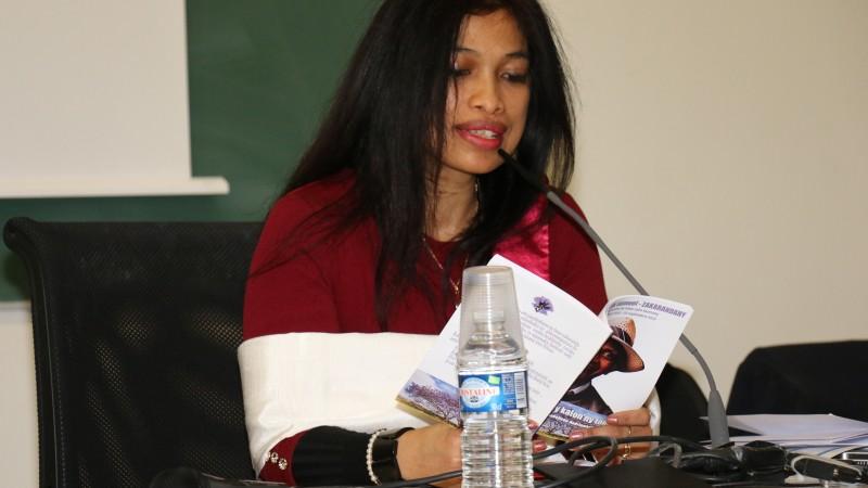 Hanitr'Ony lors d'une conférence - avec son autorisation