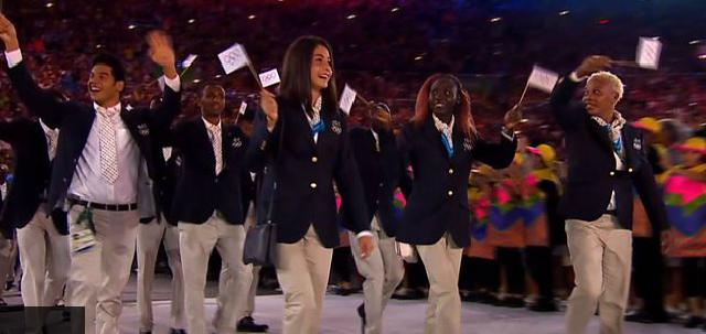 Capture d'écran de l'arrivée des athlètes réfugiés à la cérémonie d'ouverture des JO