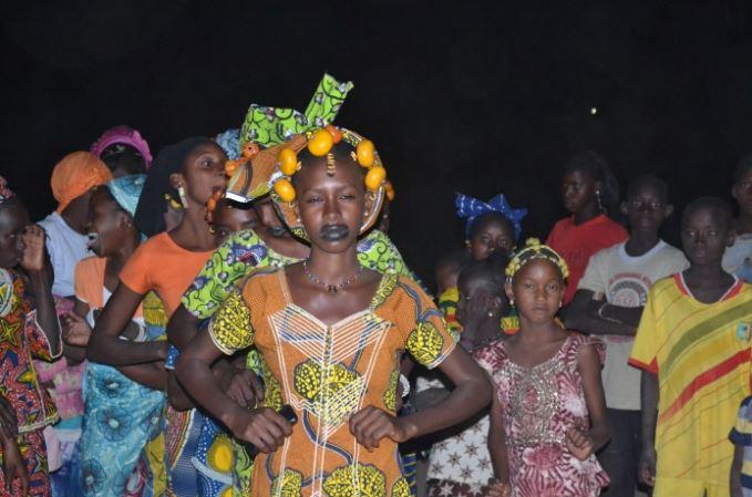Soirée de danse musicale des jeunes peuls