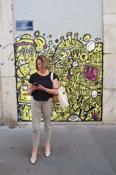 Suzanne et le street-art lyonnais (Photo Marie Bohner)