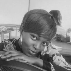 Filazalazana fohy an'i  Christelle Djeukeu